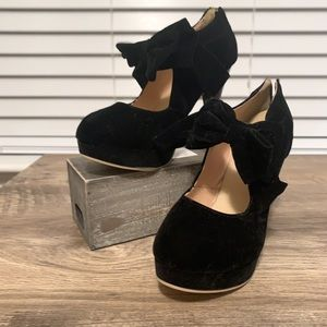 Small Bowtie Platform Pumps Heeled Shoes